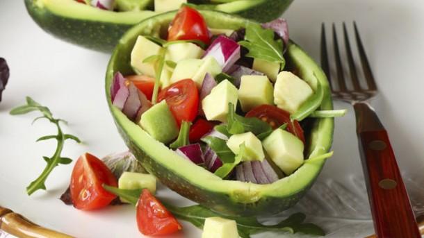 rezept tomaten avocado salat worlds of food kochen. Black Bedroom Furniture Sets. Home Design Ideas