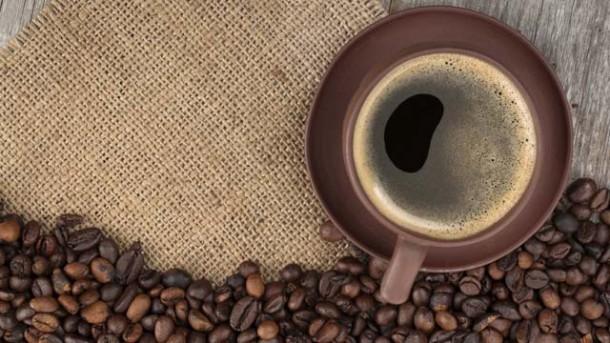Entkoffeinierter Kaffee für die Ernährung