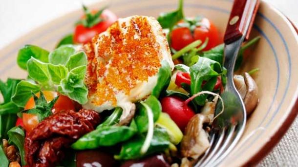 rezept karamellisierter ziegenk se auf salat worlds of food kochen rezepte k chentipps di t. Black Bedroom Furniture Sets. Home Design Ideas