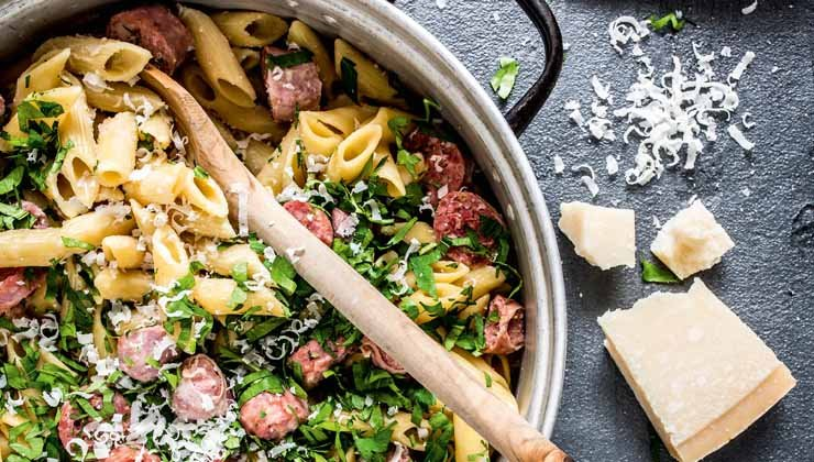 One Pot Pasta All´Allfredo mit Salsiccia